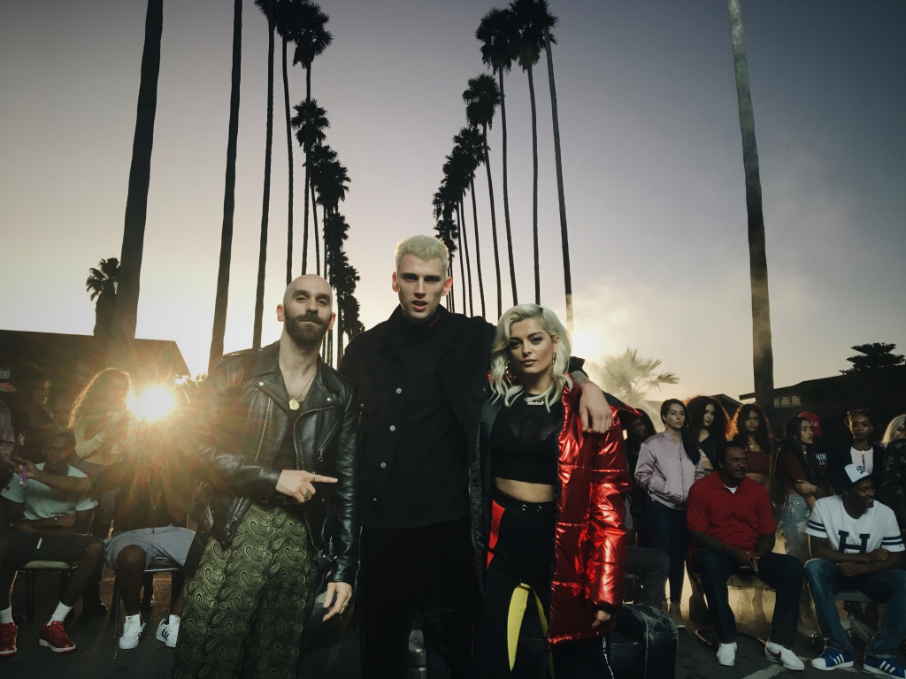 Machine Gun Kelly, X Ambassadors & Bebe Rexha-「Home」MV